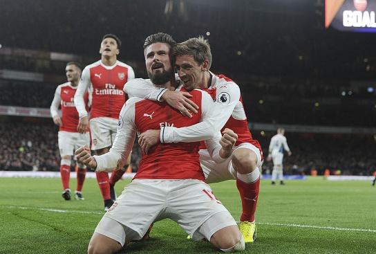Arsenal 1-0 West Brom: Giroud sam vai nguoi hung hinh anh