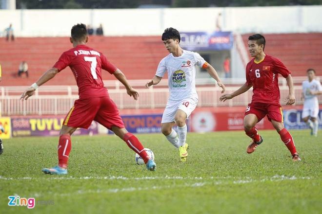 Van Toan ghi ban giup U21 HAGL danh bai U21 Viet Nam hinh anh 1