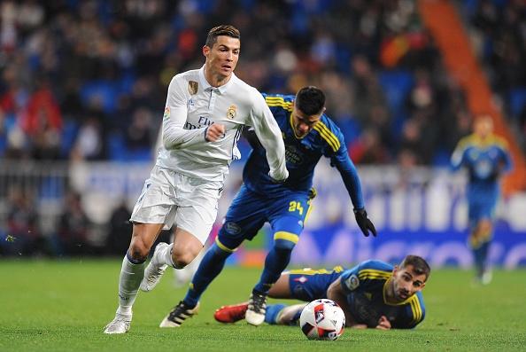 Ronaldo kem duyen, Real van tim lai niem vui chien thang hinh anh 3