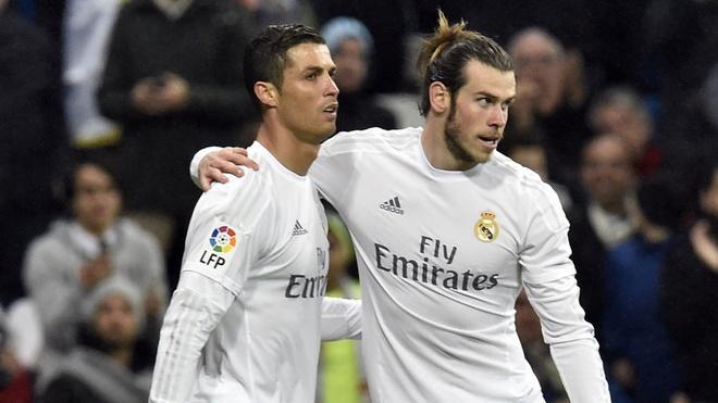 Bale muon lat do 'de che' Ronaldo o Real? hinh anh