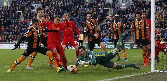 Hull City 2-0 Liverpool: The Kop giuong co trang hinh anh 20