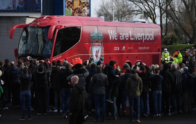 Hull City 2-0 Liverpool: The Kop giuong co trang hinh anh 11