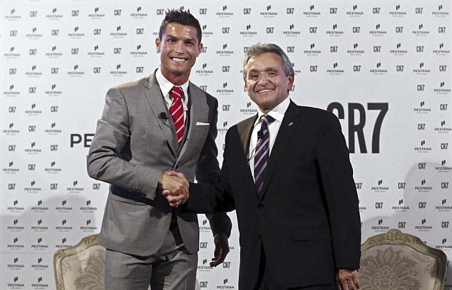 Ronaldo mo rong dau tu sang Bac Phi hinh anh 1