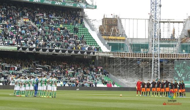 Alaves vs Barcelona anh 8