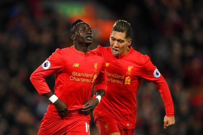Liverpool 2-0 Tottenham: The Kop tro lai top 4 hinh anh 15