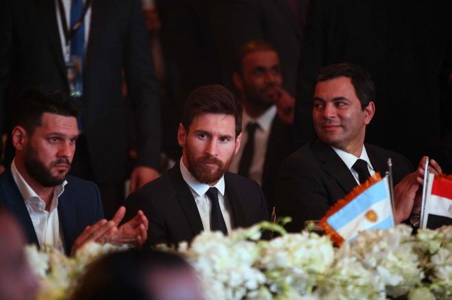 Ronaldo khoe sieu xe, Messi du su kien o Ai Cap hinh anh 5