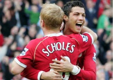 Scholes tin MU co the don Ronaldo tro lai hinh anh