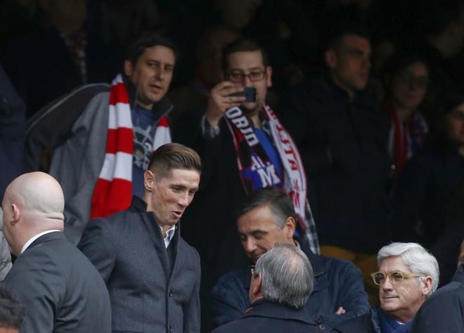 Torres banh bao co vu Atletico sau khi xuat vien hinh anh 2