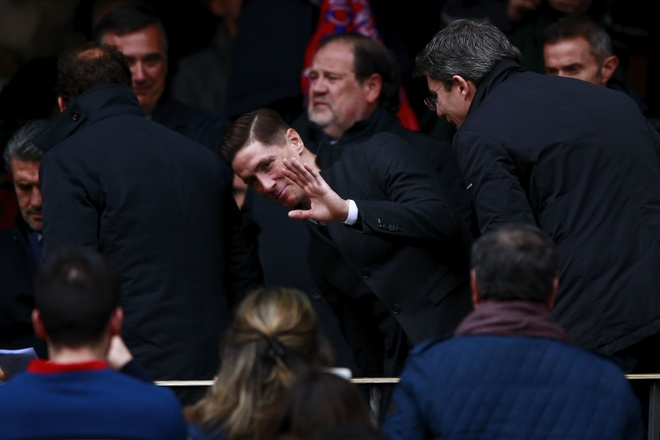 Torres banh bao co vu Atletico sau khi xuat vien hinh anh 5