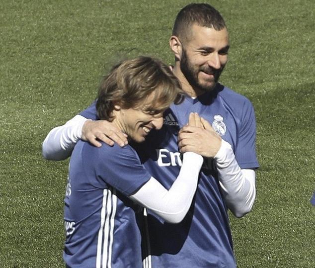 Ronaldo vui ve treu dua Bale anh 6