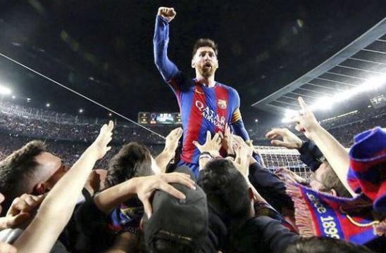 Barca nhan tin vui tu Messi sau chien tich nguoc dong hinh anh