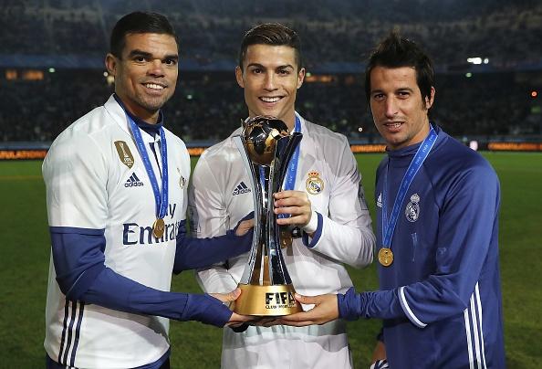 Ronaldo lo lang vi ban than sap roi Real hinh anh 1