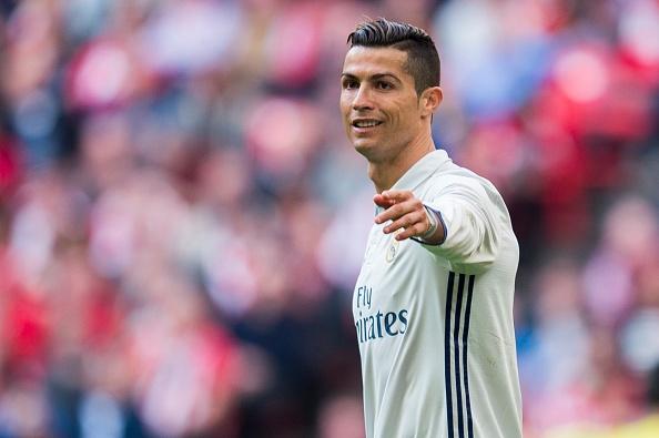 Ronaldo muon Real tang cuong anh 1