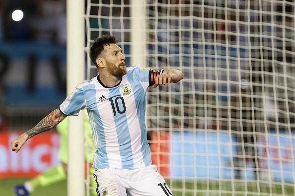 Messi lap cong, Argentina ha Chile de vao top 3 hinh anh 1