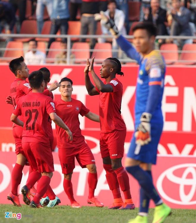 Hai Phong vs Song Lam Nghe An anh 12
