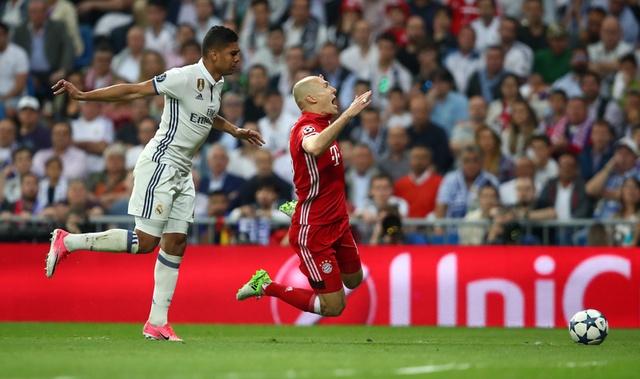 Ronaldo lap hat-trick, Real danh bai Bayern o hiep phu hinh anh 18