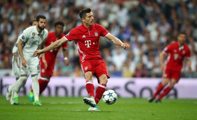 Ronaldo lap hat-trick, Real danh bai Bayern o hiep phu hinh anh 19
