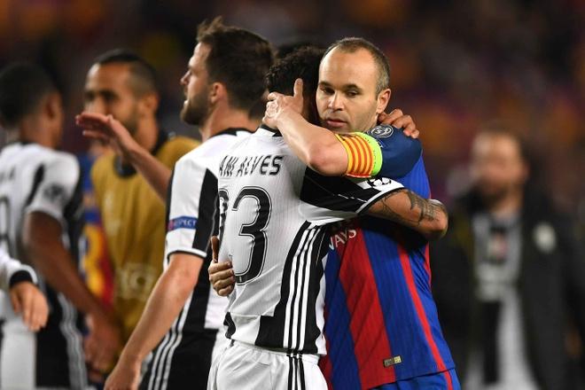 Sao Juve duy nhat nghen long khi Barca bi loai hinh anh 4