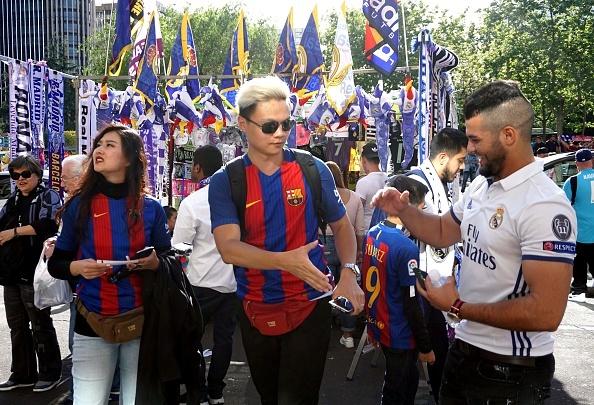 Messi lap cu dup, Barca thang kich tinh Real 3-2 hinh anh 15