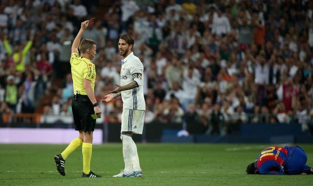 Messi lap cu dup, Barca thang kich tinh Real 3-2 hinh anh 30