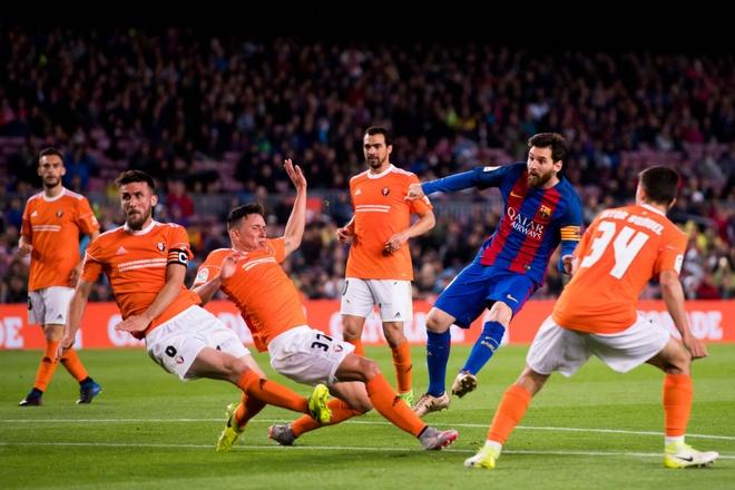 Messi lap cu dup, fan Barca tai hien man an mung dac biet cua Leo hinh anh 5