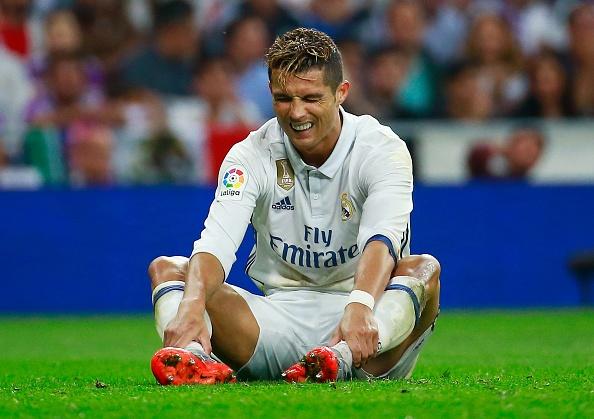 Ronaldo duoc tin tuong du suc choi moi vi tri tren san hinh anh 1
