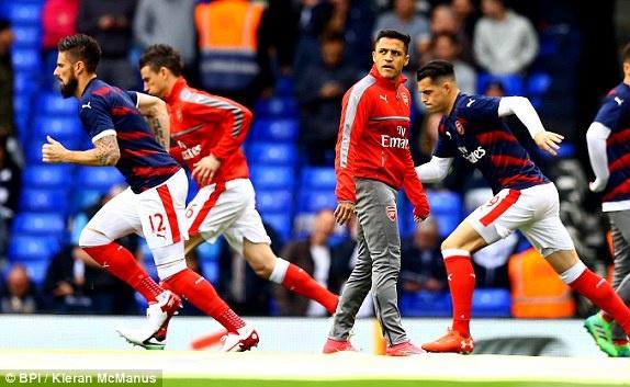 Ha guc Arsenal, Tottenham tiep tuc bam duoi Chelsea hinh anh 16