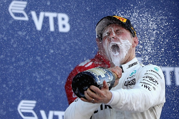 Vettel tuot danh hieu Russian GP vao tay cai ten bat ngo hinh anh