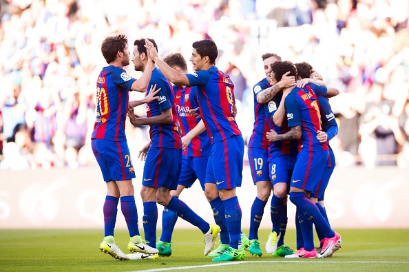Messi lap cu dup va kien tao, Barca thang dam Villarreal hinh anh 15