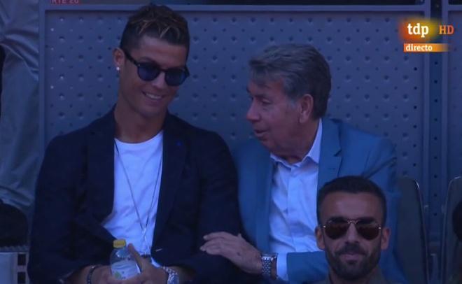 Ronaldo banh bao co vu Nadal danh bai Djokovic hinh anh 8