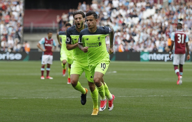 Thang dam West Ham, Liverpool tien sat ve Champions League hinh anh 24