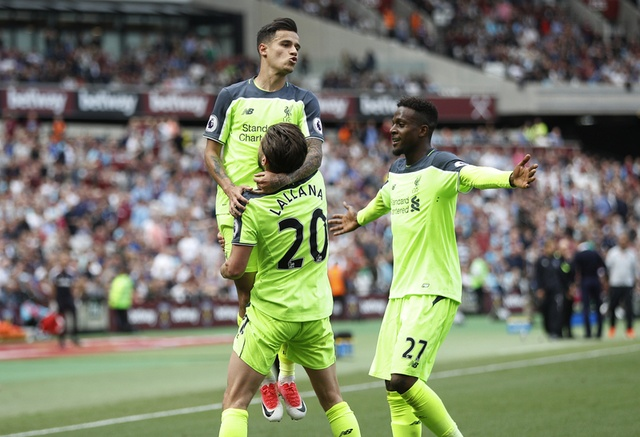 Thang dam West Ham, Liverpool tien sat ve Champions League hinh anh 26