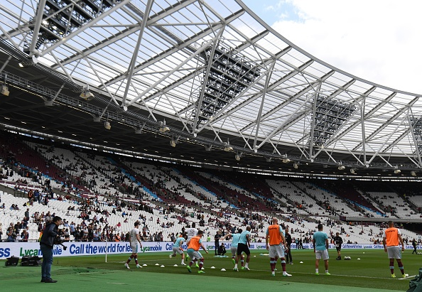Thang dam West Ham, Liverpool tien sat ve Champions League hinh anh 11