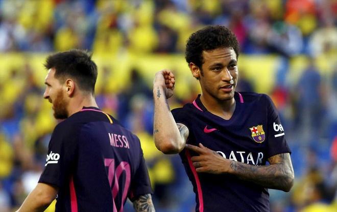 Neymar lap hat-trick, Barca van xep tren Real hinh anh 1
