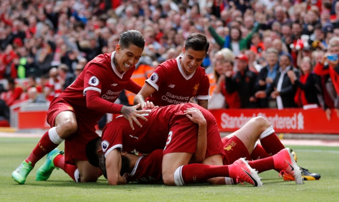 Liverpool,  Arsenal tranh ve du Champions Leagu anh 27
