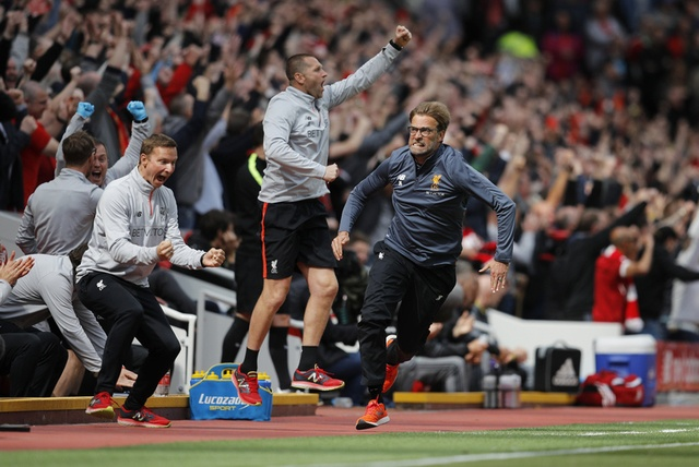 Liverpool,  Arsenal tranh ve du Champions Leagu anh 29