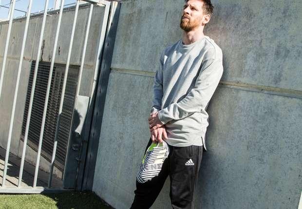 Messi co 'vu khi moi' o chung ket cup Nha vua hinh anh 3
