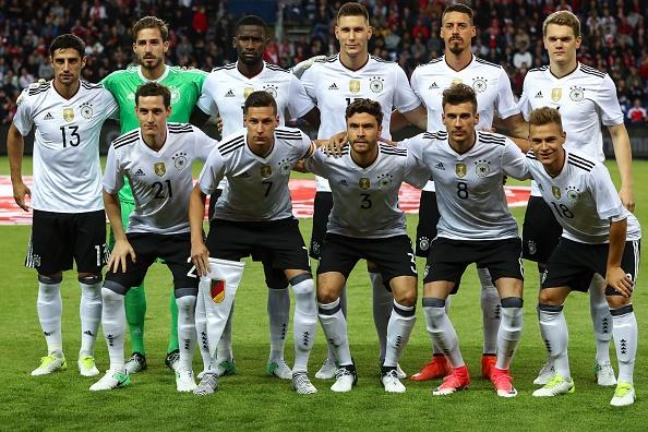 Sao Bayern ghi ban 'xe dap chong nguoc', Duc nhoc nhan hoa Dan Mach hinh anh 1