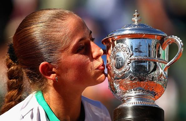 Than dong Latvia tao nen chuyen co tich o Roland Garros hinh anh 1