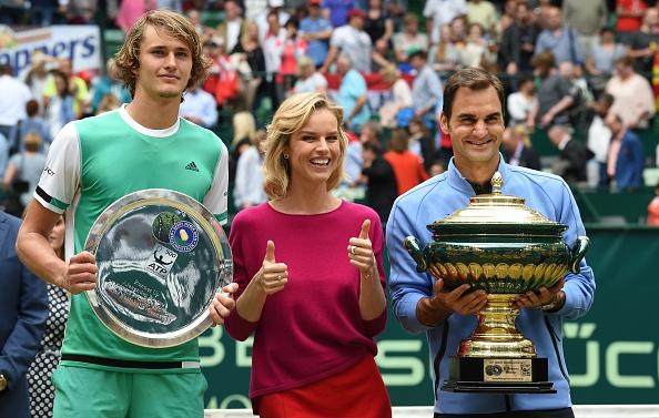Video Federer ha guc Zverev de vo dich Halle Open hinh anh