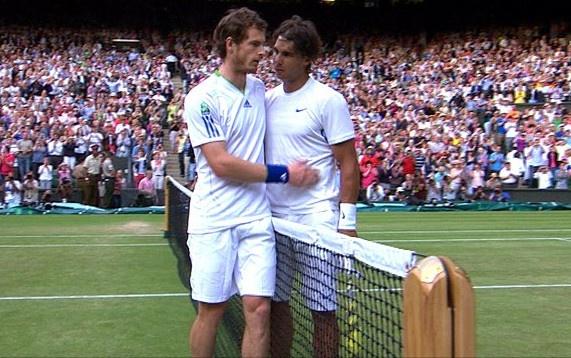 Federer roi vao nhanh kho tai Wimbledon 2017 hinh anh 2