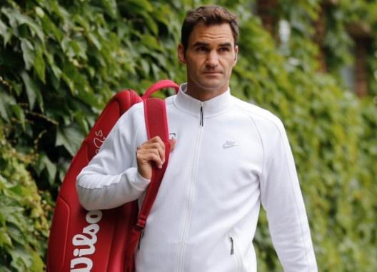 Federer roi vao nhanh kho tai Wimbledon 2017 hinh anh 1
