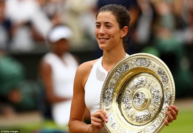 Hoa khoi quan vot Tay Ban Nha vo dich Wimbledon hinh anh