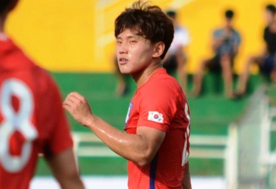 U22 Han Quoc thang 10-0 o tran ra quan tren san Thong Nhat hinh anh