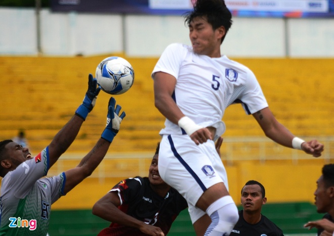 U22 Han Quoc 0-0 U22 Dong Timor: HLV Huu Thang mim cuoi hinh anh 6