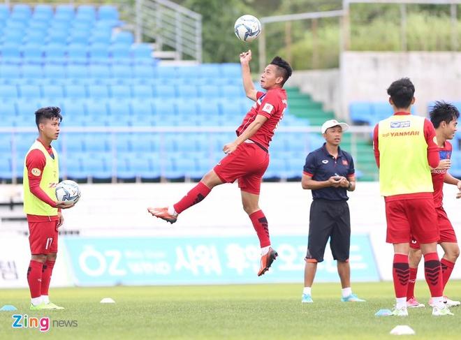 Busan FC vs U22 Viet Nam (1-6): Cong Phuong lap cu dup hinh anh 2