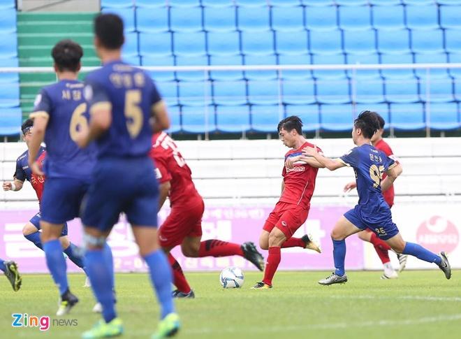 Busan FC vs U22 Viet Nam (1-6): Cong Phuong lap cu dup hinh anh 6