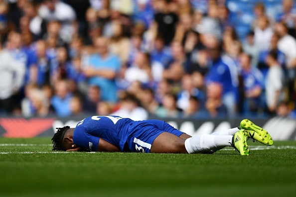 Chelsea vs Burnley (2-3): Doi chu nha nhan 2 the do hinh anh 17
