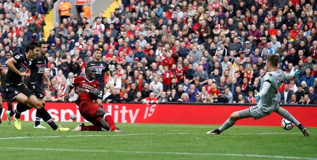 Mane toa sang, Liverpool thang tran dau tai Premier League hinh anh 14