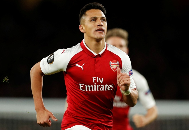 Alexis Sanchez toa sang, Arsenal thang nguoc dai dien Duc hinh anh